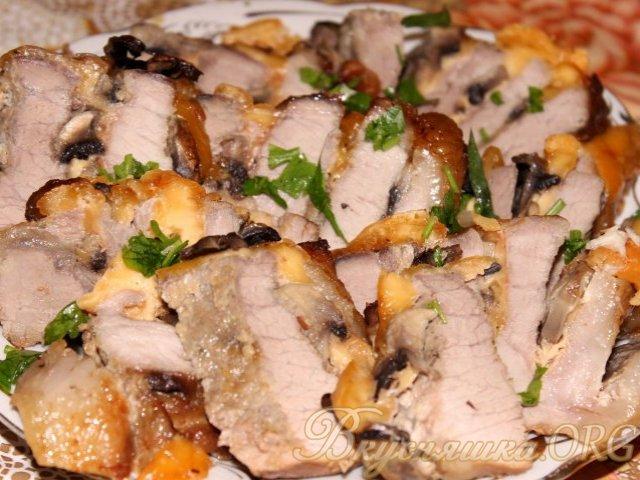 фаршированное мясо запеченное в духовке рецепт