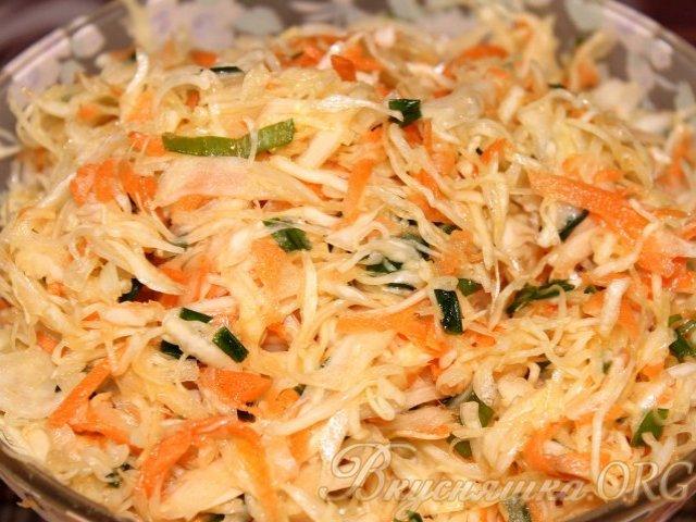 Рецепт салата из капусты с морковью и луком